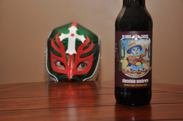clown shoes-chocolate sombrero-beer-stout-beertography-peeking