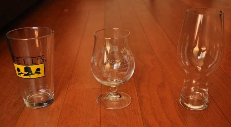 glassware-pint glass-snifter-ipa glass-beer