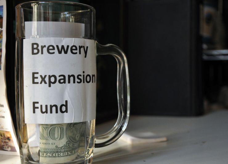 bear creek brews-expansion fund glass_web