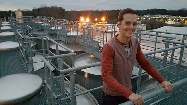 Standing on top of Dogfish Head's Milton brewery during a behind-the-scenes tour because I write about beer sometimes.